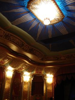 Inside_paramount_theater_7
